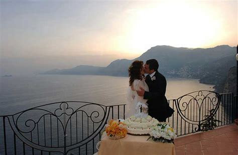 Great wedding locations in Campania   get married in