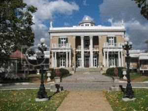 Nashville home of wealthy plantation owner Adelicia Acklen