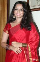 Indu Thampi at Nizhal Press Meet (1)