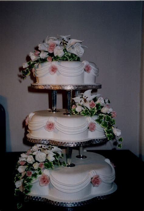 3 Tier Petal Wedding Cake With Sugar Lillies And Roses