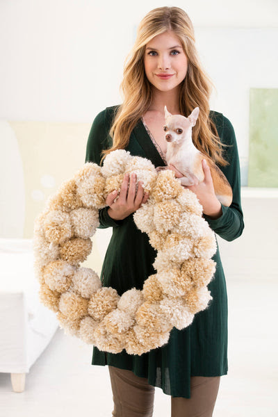 Winter Pales Pom-Pom Wreath (Crafts)