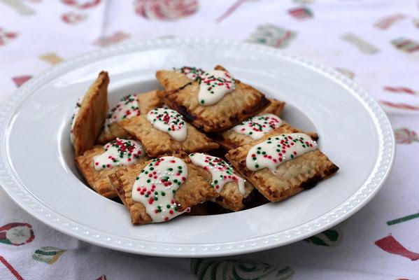 Tiny Homemade Pop Tarts