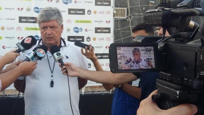 Geninho técnico do ABC (Foto: Jocaff Souza/GloboEsporte.com)
