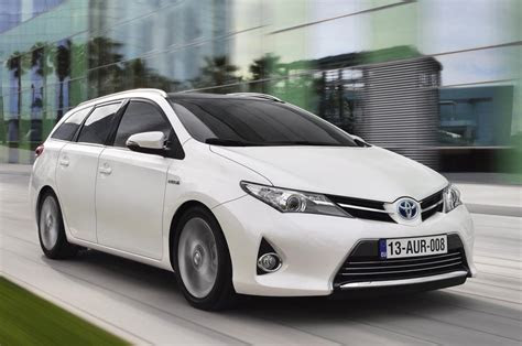 toyota cars news corollaauris sports touring