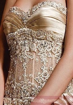 Love the gold details on this dress! #wedding #dress #gold #details #glam #glitter