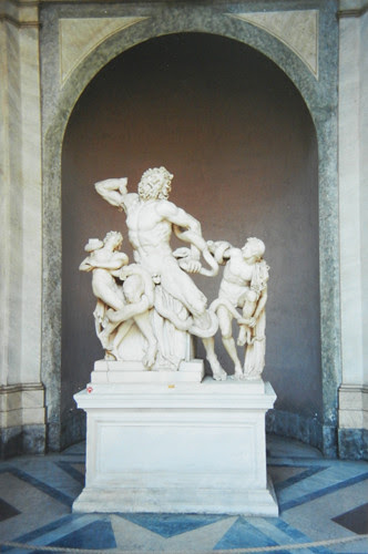 Laocoön and his Sons, attributed to the Rhodian sculptors Agesander, Athenodoros, and Polydorus, Musei Vaticani _ 8093 - 500