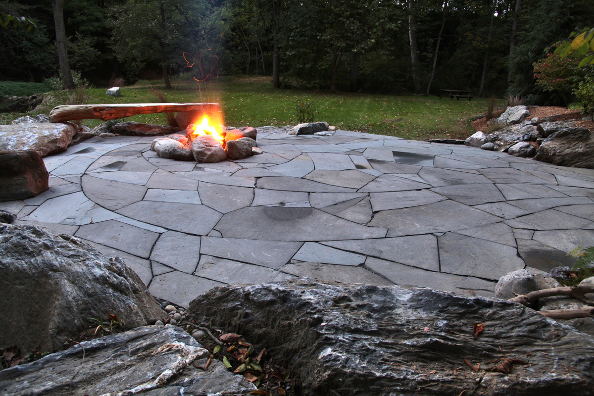 Indian Run Landscaping » Natural Flagstone Patio with Fire Pit