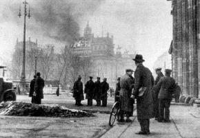 Φωτιά στο Ευρωπαϊκό «Ράιχσταγκ» ετοιμάζεται να βάλει η Γερμανία