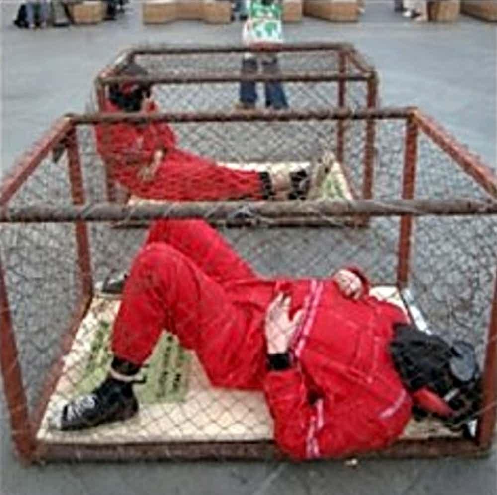 15-imagens-perturbadoras-tiradas-em-prisões-ao-redor-do-mundo-13