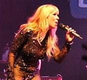 La cantante Noelia hace gala de sus transparencias Hot