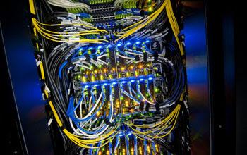 Foto de memória flash dentro do supercomputador Gordon