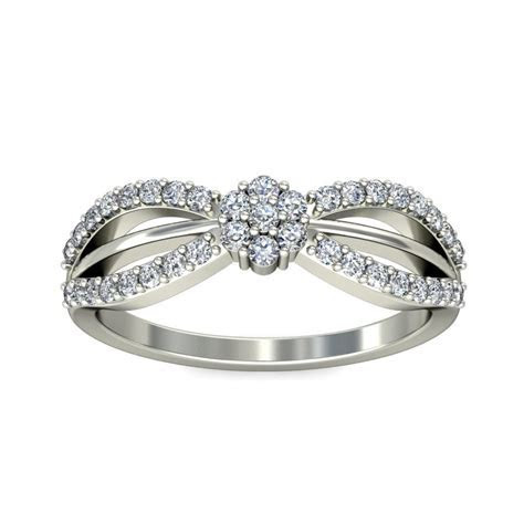 Unique Cheap Engagement Ring 0.50 Carat Round Cut Diamond