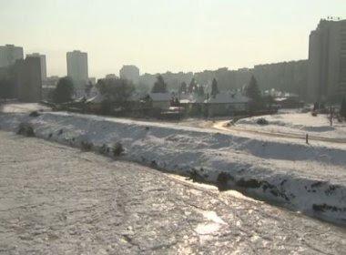 Frio na Europa mata 20 pessoas e congelou fontes de água; praias estão cobertas de neve
