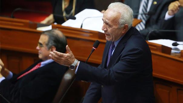 El congresista oficialista Guido Lombardi.