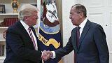 Trump defende o ter passado informações confidenciais a russos