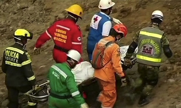 Death toll rises to 12 in Colombian gold mine collapse