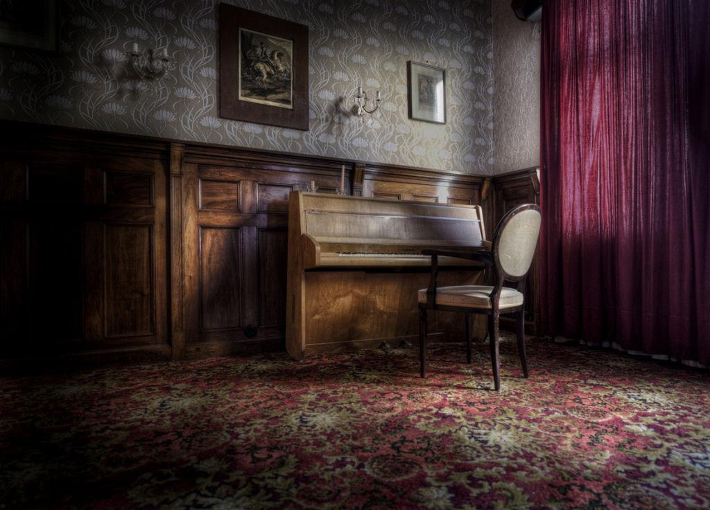A arte do Urbex - As impressionantes fotografias de Niki Feijen 06