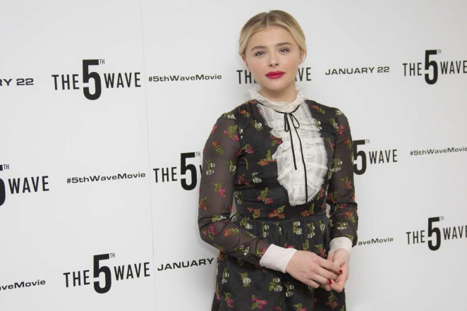 Chloe Moretz: The 5th Wave Photocall -12