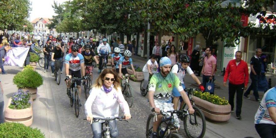 Sağlık yaşam için bisikleti turu