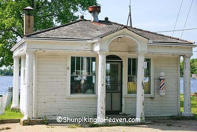 Colonial Barber Shop, Van Buren County, Michigan
