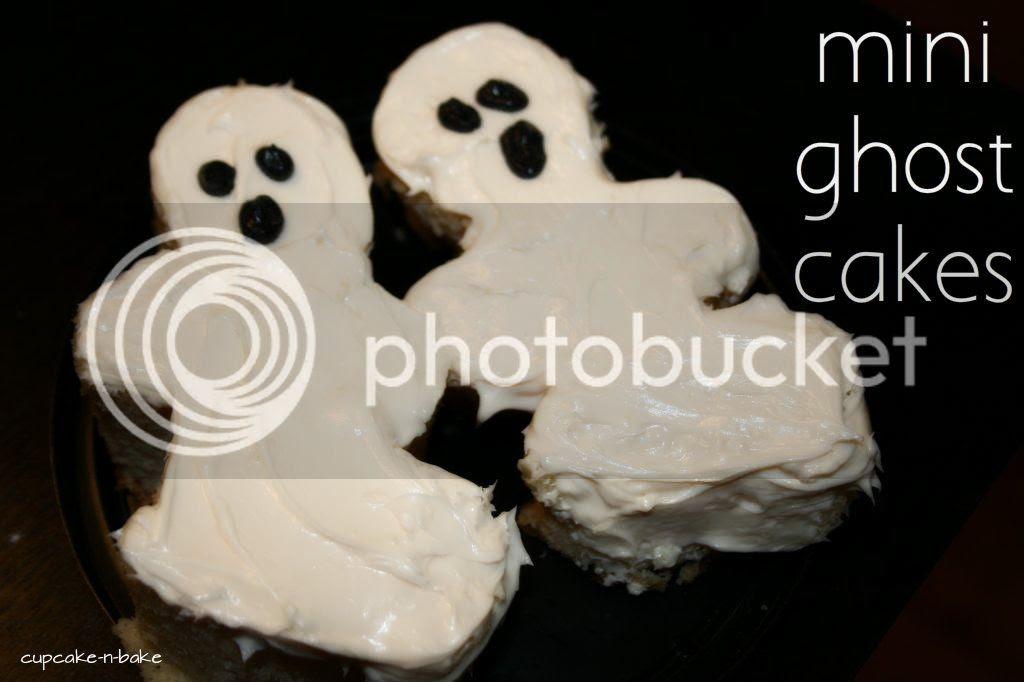 Mini Ghost Cakes