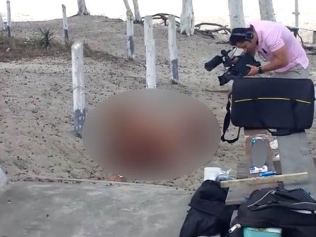 Polícia investiga ato obsceno de atores em filmagens no Rio (Foto: Reprodução/ Internet)