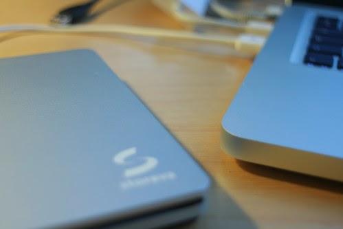 alternateur installer un second disque dur dans son macbook pro sous ubuntu. Black Bedroom Furniture Sets. Home Design Ideas