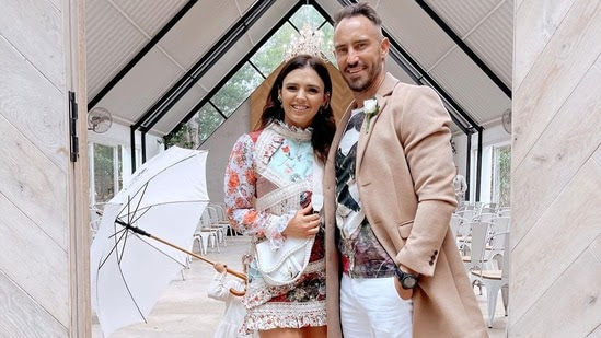 Faf du Plessis' wife Imari reacts to cricketer's injury, posts Instagram story