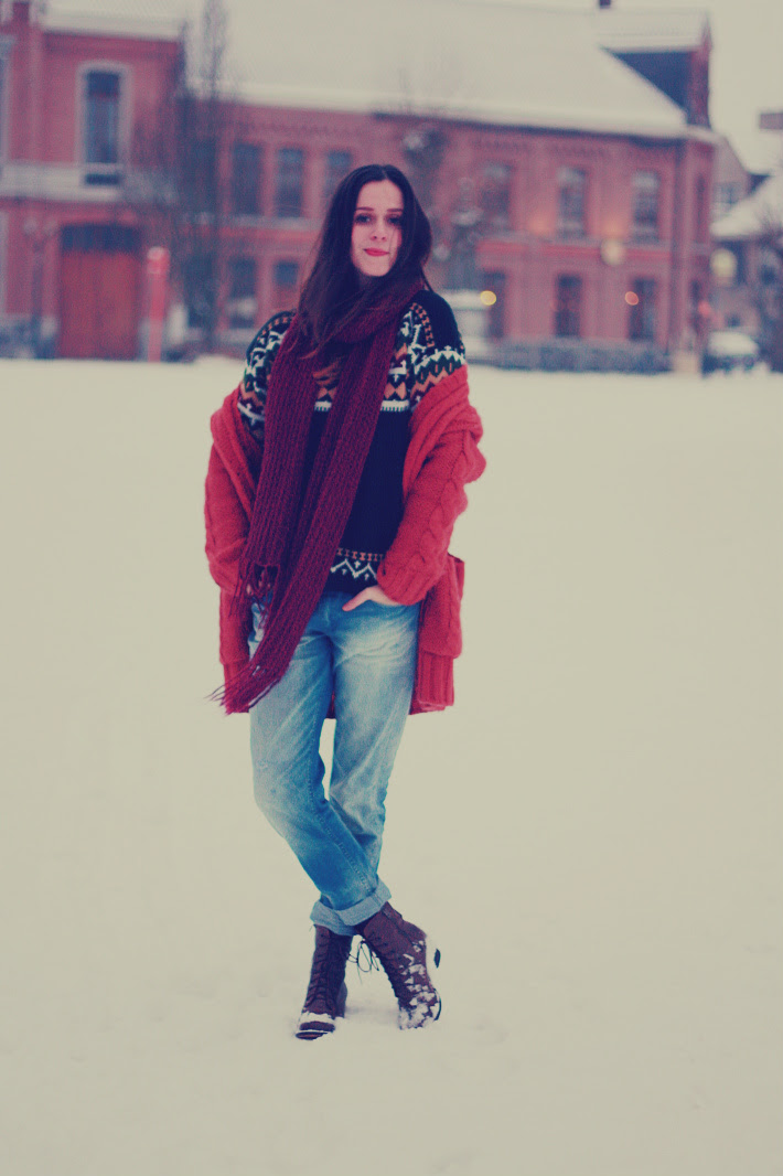 Layered Knits and Boyfriend Jeans