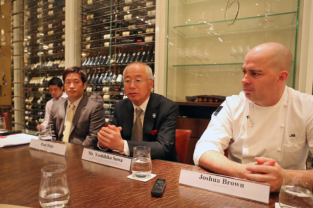 Mr Yoshihiko Sowa, Secretariat of Kobe Beef Marketing & Distribution Promotion Association (centre), with Joshua Brown, Executive Chef of CUT (right)