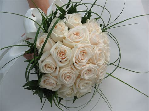 The Top Wedding Bouquet Flowers For 2012   Wedding House Blog