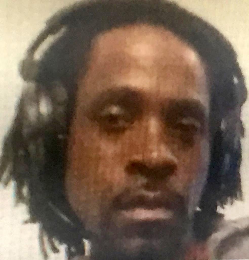 Foto divulgada pela polícia de Fresno mostra Kori Ali Muhammad, de 39 anos, preso nesta terça-feira (18) após disparar no centro da cidade (Foto: Fresno Police Department via AP)