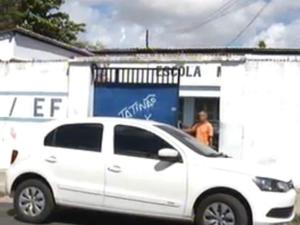 Caso de estupro coletivo ocorreu em escola no Bairro Presidente Kennedy, em Fortaleza, segundo os pais (Foto: TV Diário/Reprodução)
