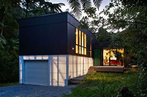 small house encapsulates big thinking architecture