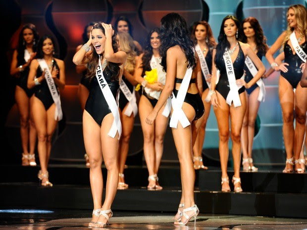Reação da cearense ao ser anunciada Miss Brasil (Foto: Lucas Ismael/Band/Divulgação)