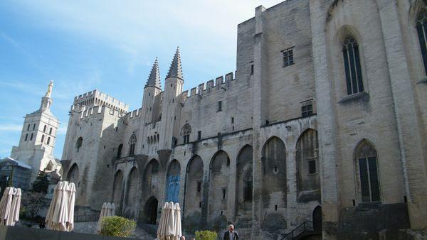 palais des papes 1