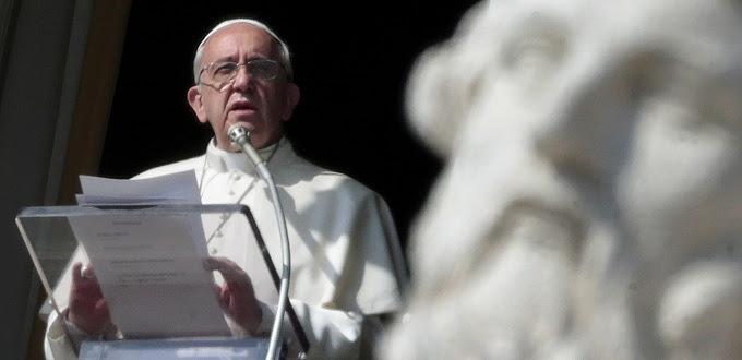 El Papa nos invita a renovar nuestro bautismo