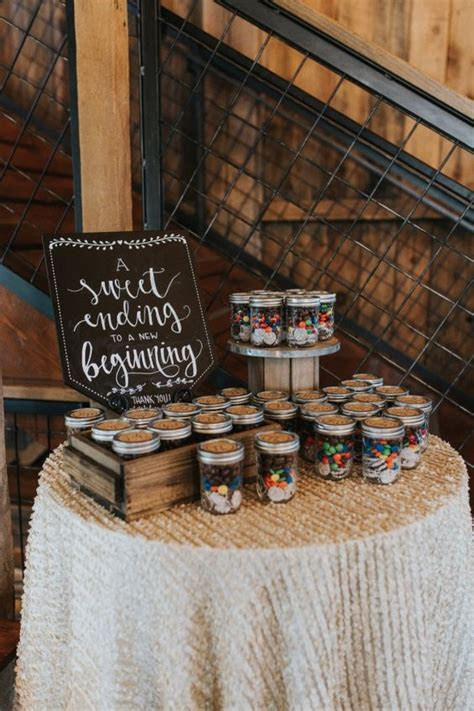 70 Easy Rustic Wedding Ideas That You Could Try in 2018