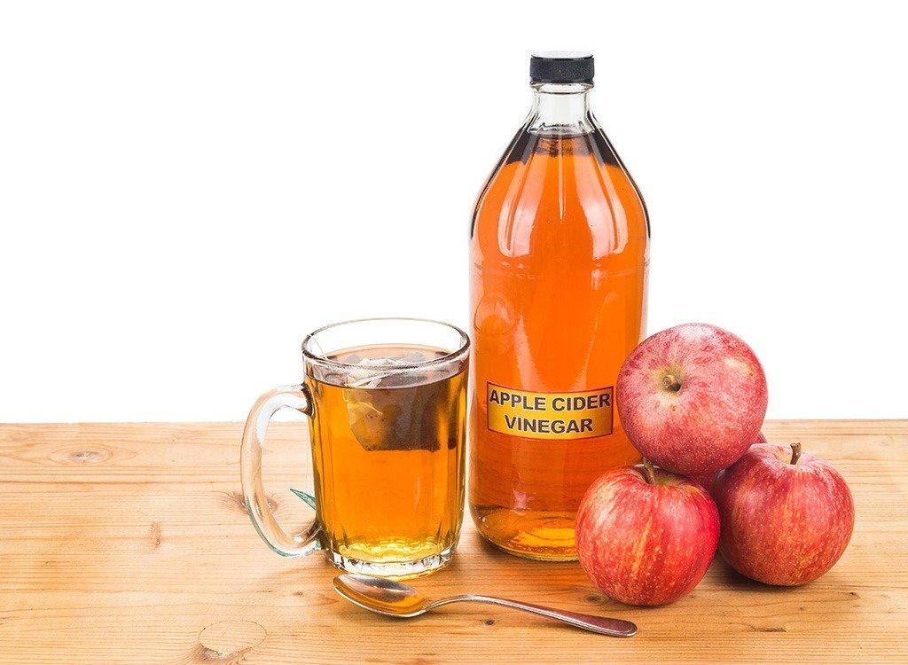 How Taking Apple Cider Vinegar at Night Offers Amazing Benefits?