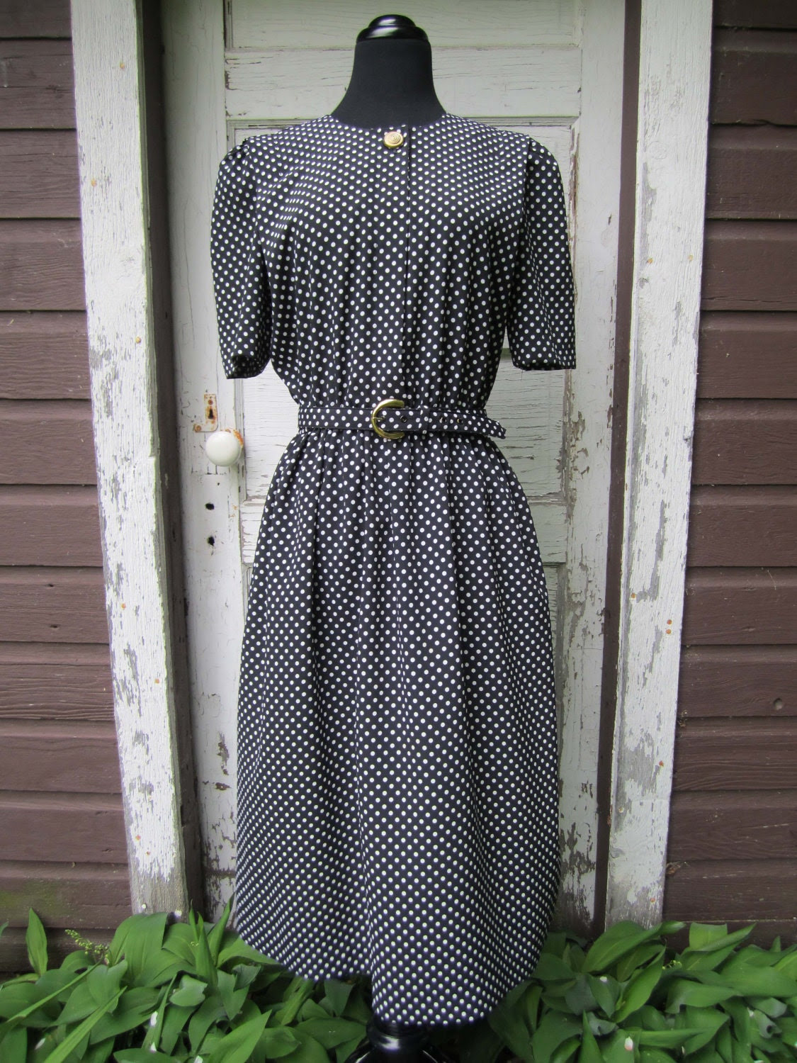vintage 1970's black and white polka dot dress - size medium