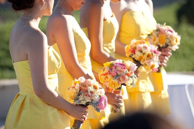 perierga.gr - Εταιρεία υπόσχεται καλό καιρό στο γάμο σας για 150.000 δολάρια!