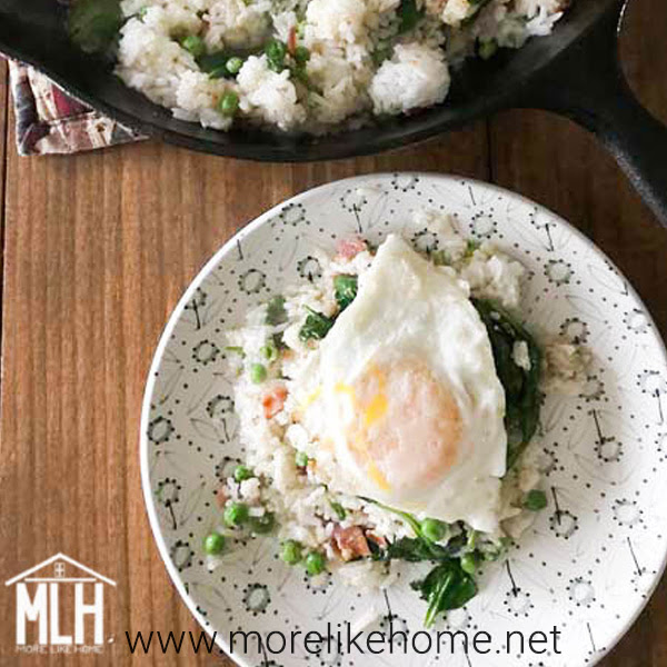 easy yummy breakfast fried rice with eggs and bacon