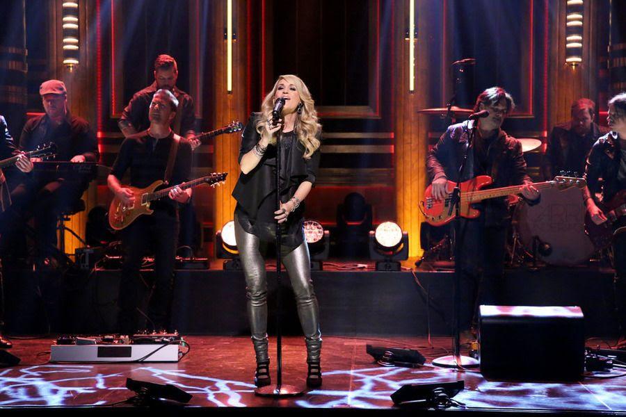 photo Carrie-Underwood-Tonight-Show-2.jpg