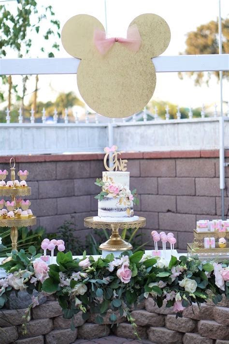 Kara's Party Ideas Glamorous Floral Minnie Mouse Birthday
