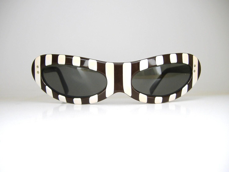 Rare American Optical Cat Eye Sunglasses Frame 1950s 1960s  Striped Eyewear