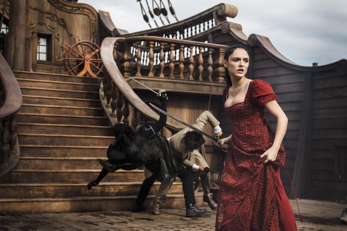 Isabelle Drummond ensaia sequência de ação de 'Novo Mundo', a próxima novela das 6, como Anna Millman (Foto: Globo/ Mauricio Fidalgo)