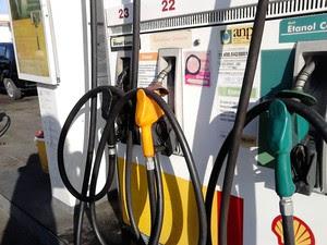 Aumento para a gasolina é de 6% e para o diesel, de 4% (Foto: Karina Dantas/G1)