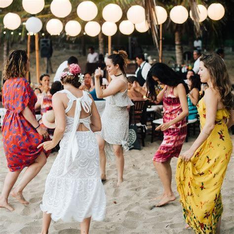 Common Wedding Guest Etiquette Questions, Answered   Brides