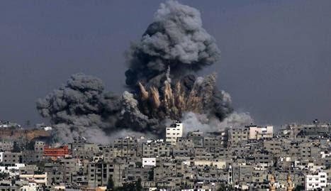 Explosión de un proyectil israelí en Gaza. AFP
