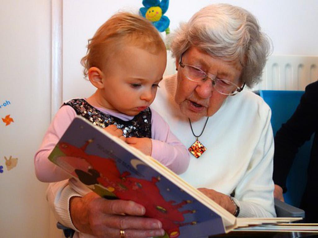 La AUH de la abuela bajo amenaza de denuncia